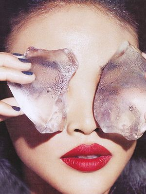 Why is Everyone Talking About Eye Masks?