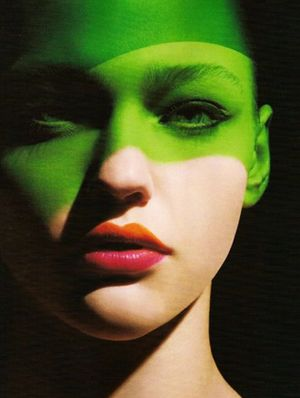 Sasha Pivovarova Gets Graphic