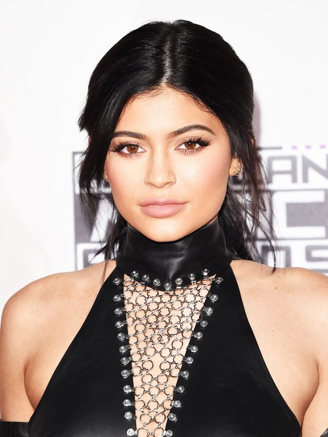 These Are The Makeup Products Kylie Jenner Uses On A Daily
