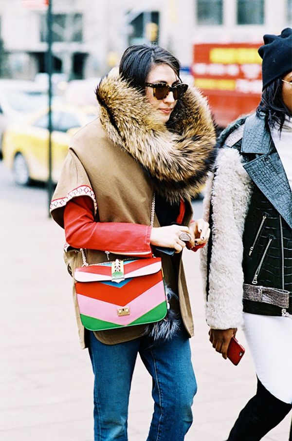 New York street styleThis rainbow Valentino bagis to die for.