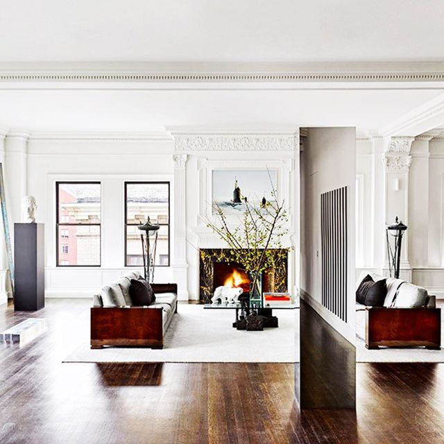Tour a Classic and Glam-Rock NYC Penthouse