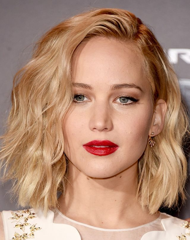 5 Party Season Hairstyles For Short Hair Courtesy Of Jw Byrdie Au