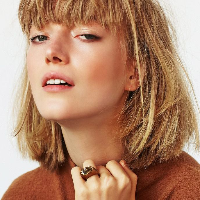 These Are the Best Short Haircuts for Thick Hair | Byrdie