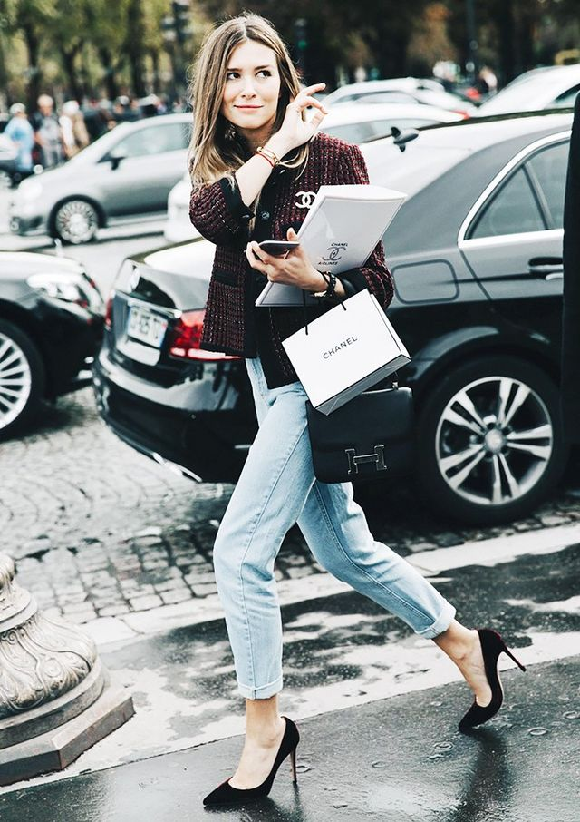 3. Ladylike Jacket  + Rolled Jeans + Velvet Pumps