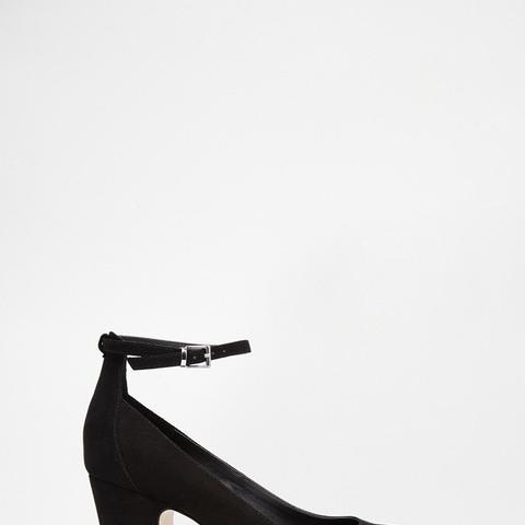Stamp Heels