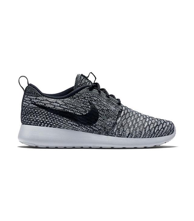 Nike Roshe Flyknit Shoe