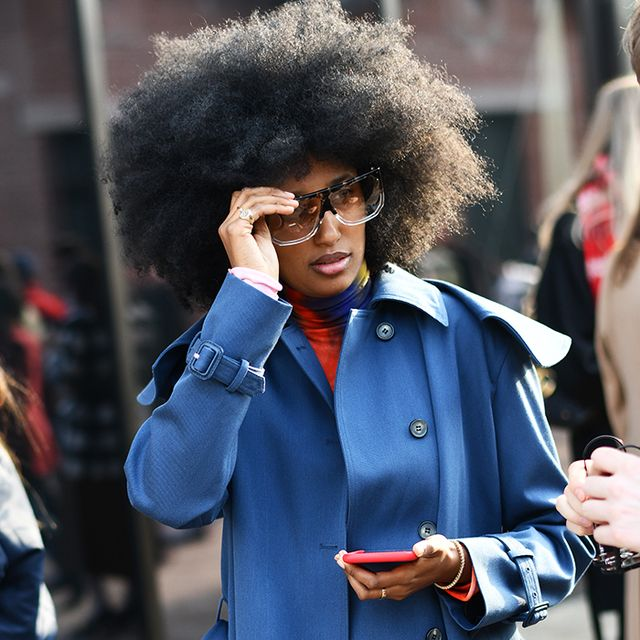 9 Street Style Signs That the '80s Trend Is Really Happening