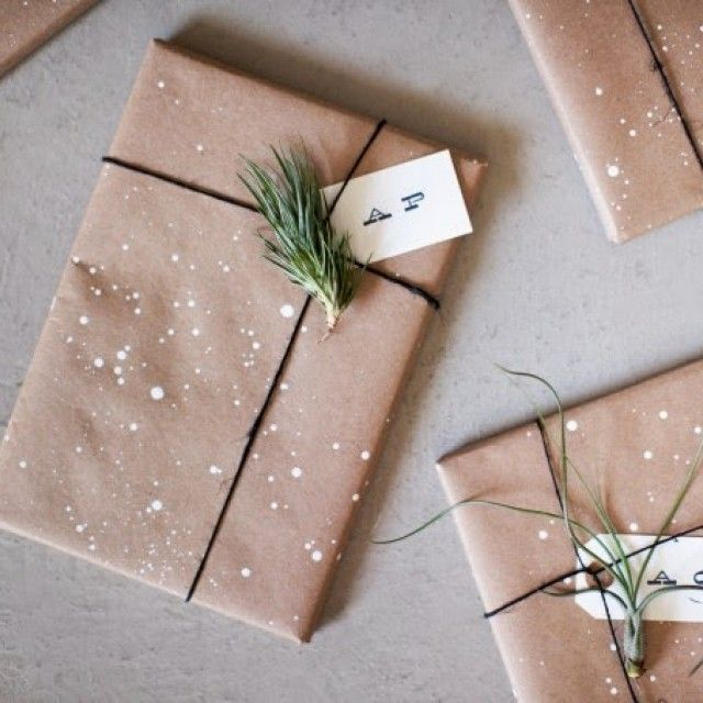 15 Secret Santa Gifts for Everyone in Your Office