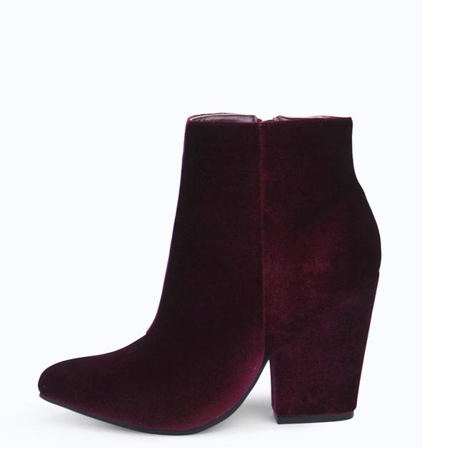 Boohoo Freya Velvet Pointed Block Heel Boots