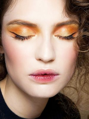 8 Beauty Looks That Scream NYE Party