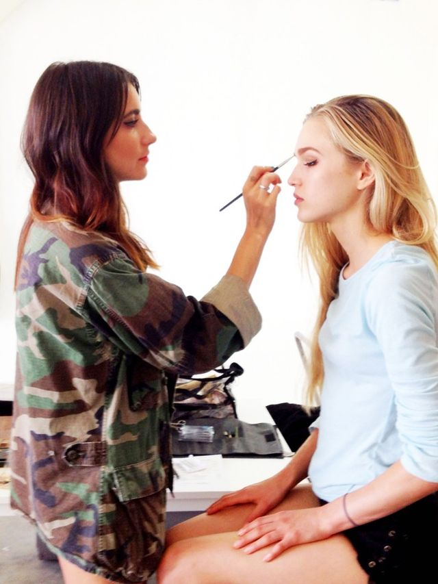 10 Cool Beauty Channels To Follow In 2016
