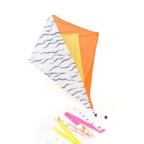 Procyon Signature Diamond Kite With Tail