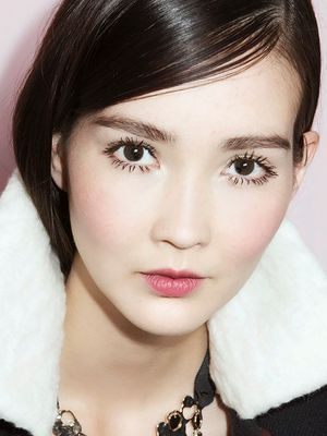 6 Small Makeup Tricks That Give Major Results