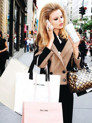 10 Holiday Beauty Shopping Hacks That Will Save You Money