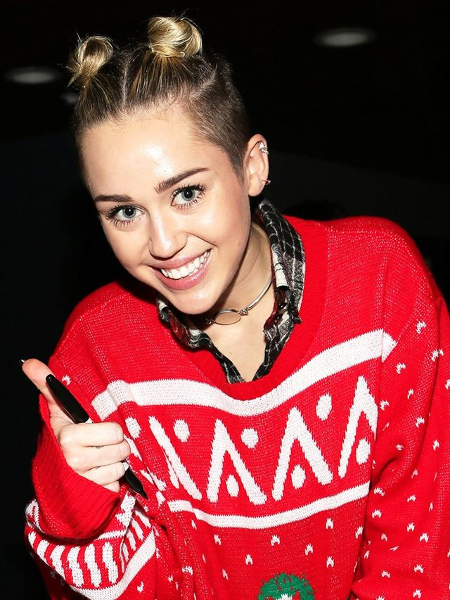 The top 5 celebrity ugly christmas sweater moments for Over the top ugly christmas sweaters