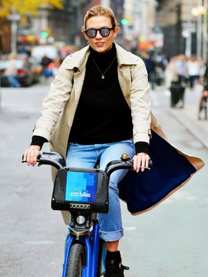 Karlie Kloss Even Looks Cool on a Bicycle
