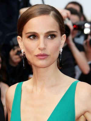 Natalie Portman as Jackie O: You Have to See This First Look