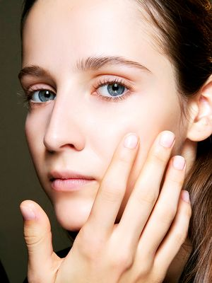 How to Apply Eye Cream to Make It More Effective (It's a Thing)