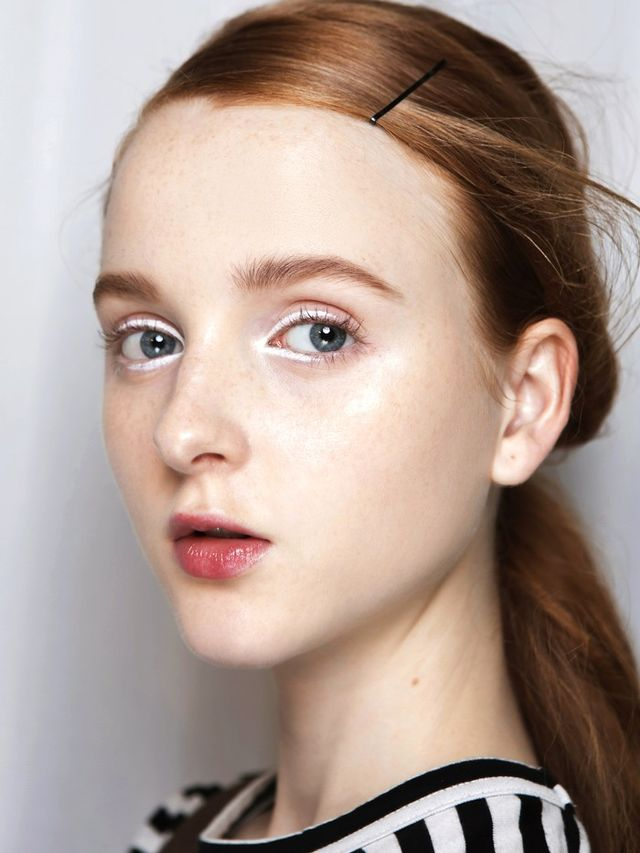 Five Makeup Tips From A Pro Makeup Artist: 5 White Eye Makeup Looks To Inspire Your Snow Season