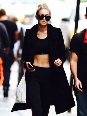 5 Celebrity Fitness Photos to Keep You Motivated Through January