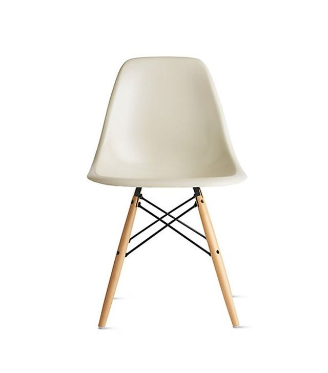 Matt Blatt Replica The Matt Blatt Eames DSW Side Chair