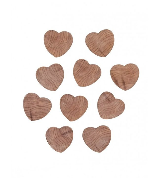 Charlotee & Co. Cedarwood Heart Drawer Moth Repellents