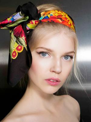 9 Easy Summer Updo Ideas for EVERY Hair Length