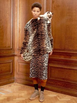 Stella McCartney Pre-Fall Includes the Coolest Faux-Leopard Coat