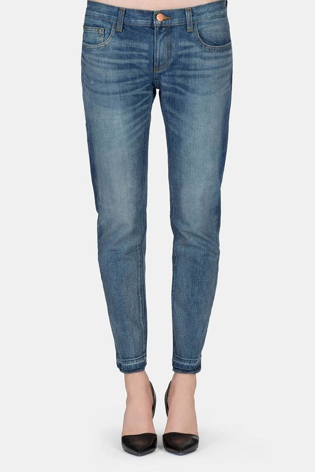 Shop now: NEA Straight High Ankle Jeans for £ from Lindex. Best jeans for tall women. Tall women are lucky in that they can get away with a lot of styles. Long wide leg trousers, skinny jeans, cropped culottes take your pic. Plus, lots of brands like Levi's offer tall .