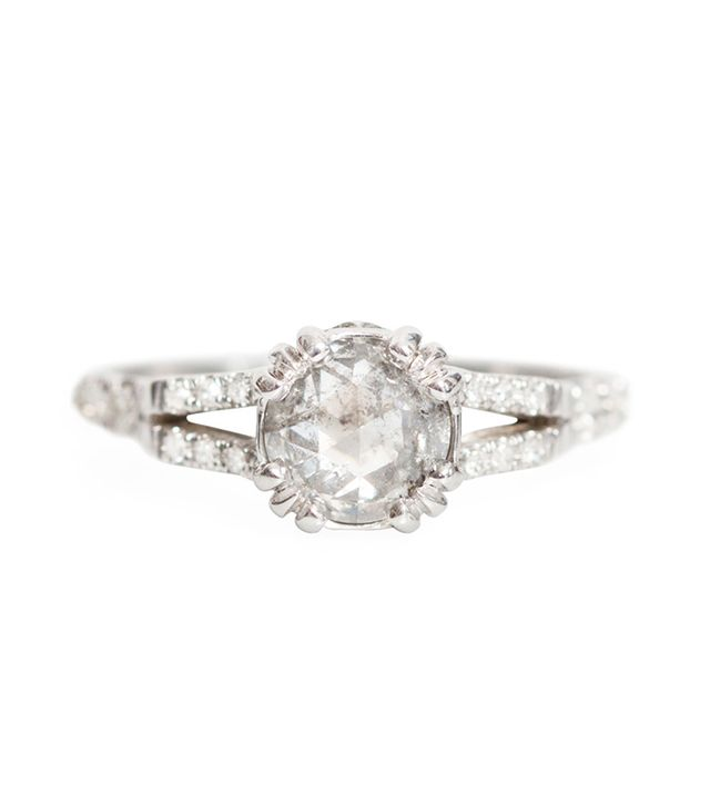 ManiaMania Beloved Solitaire Ring