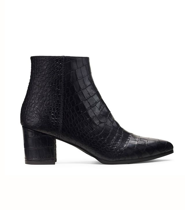 Stuart Weitzman The Zepher Booties