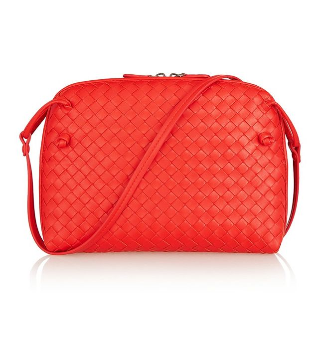Bottega Veneta Messenger Intricato Leather Shoulder Bag