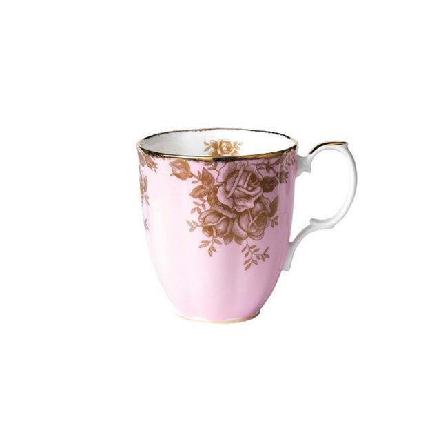 Royal Albert 100 Years 1960s Golden Roses Mug