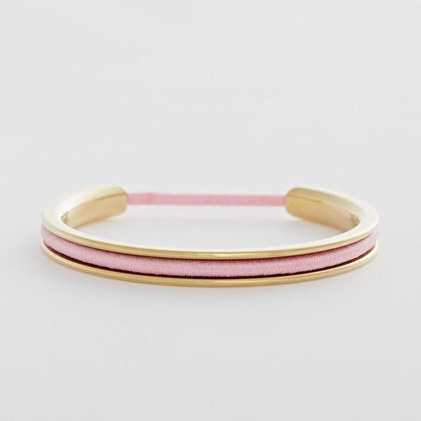 f o r e. Gold Bracelet
