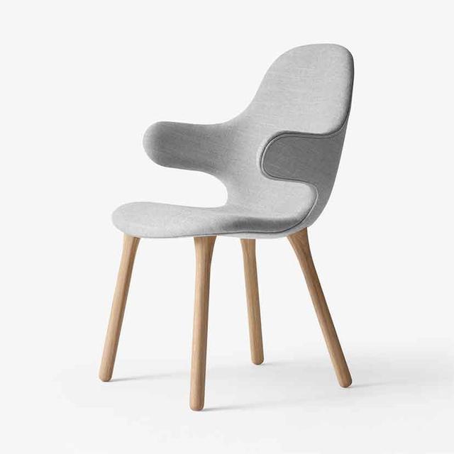 Great Dane Catch Chair
