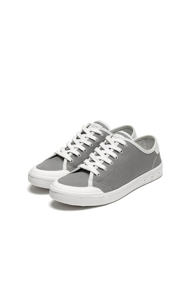 Rag & Bone Standard Issue Lace Up Sneakers in Grey