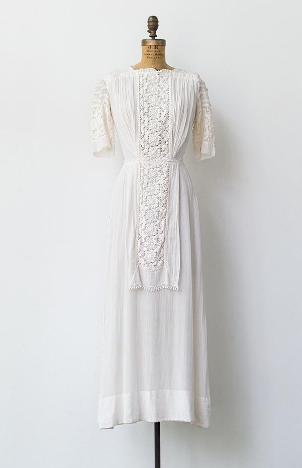 Circa-1910 Lilac and Lace Dress