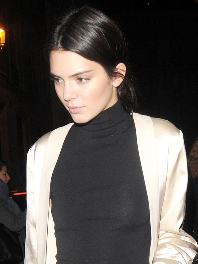 Kendall Jenner Wore Leggings Out to Dinner (and It So Works) | WhoWhatWear