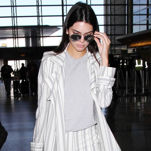 What Kendall Jenner Wears to Travel to Paris