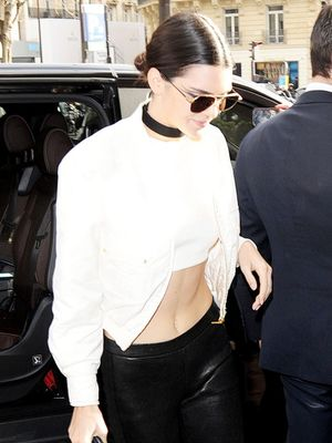 What Kendall Jenner Wears on Her Way to the Chanel Couture Show