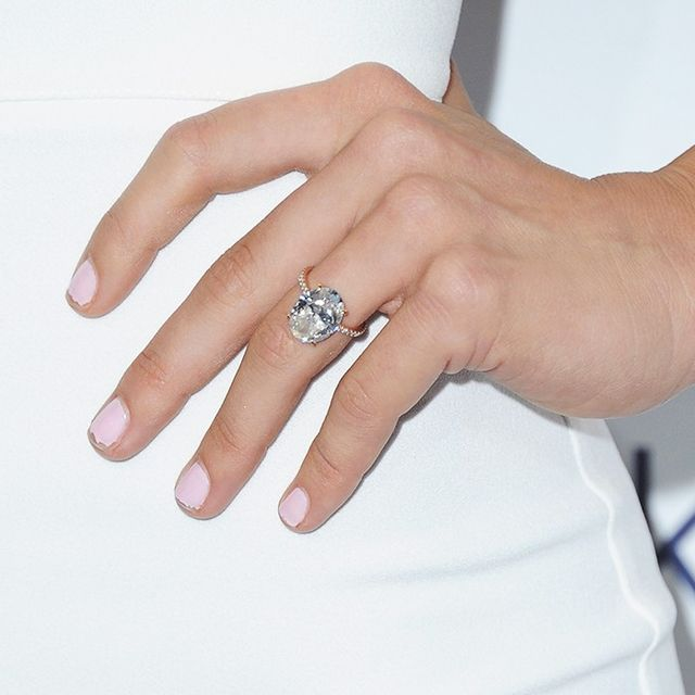 The Engagement Ring Style That Will Look Best on Your Finger
