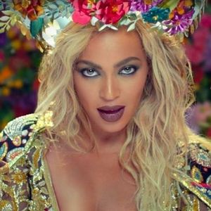 Why Everyone Is Talking About Beyonce's Makeup in the New Coldplay Video