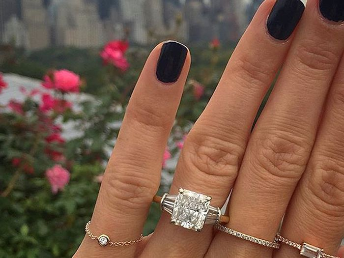 What the Average Person Considers a Big Engagement Ring