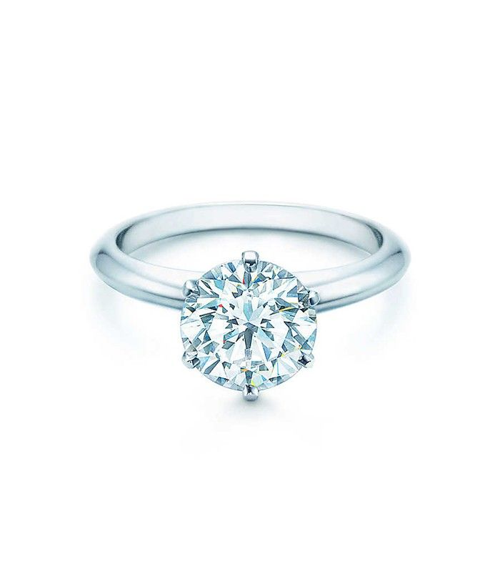 What the Average Girl Considers a Big Engagement Ring Who What Wear