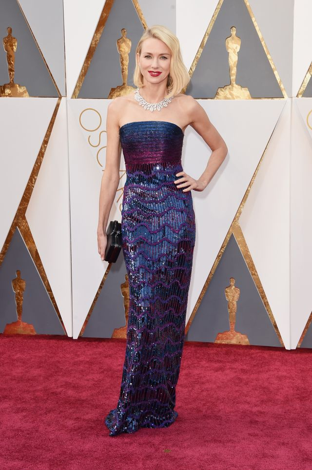 WHO: Naomi Watts WHAT: Actress,The Divergent Series:Allegiant WEAR: Armani Prive gown; Bulgari jewelry and clutch; Stuart Weitzman shoes.