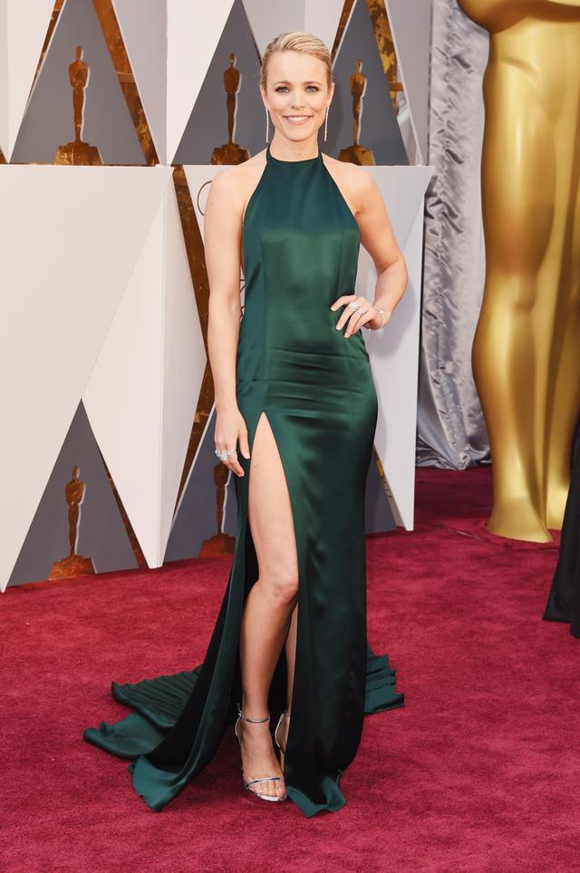 WHO:Rachel McAdams WHAT:August Getty Atelier dress.