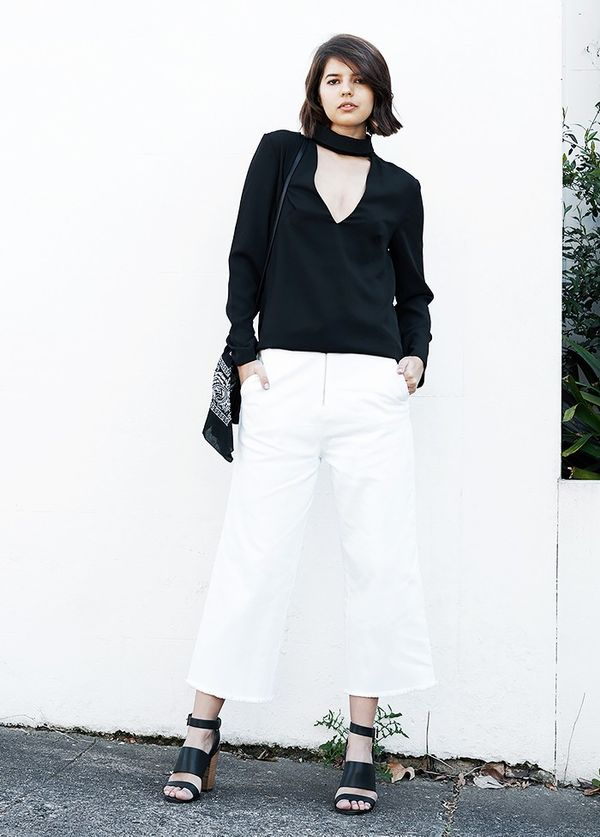 StyleNotes:Test out the scarf and blouse trend with a pair of cool culottes.