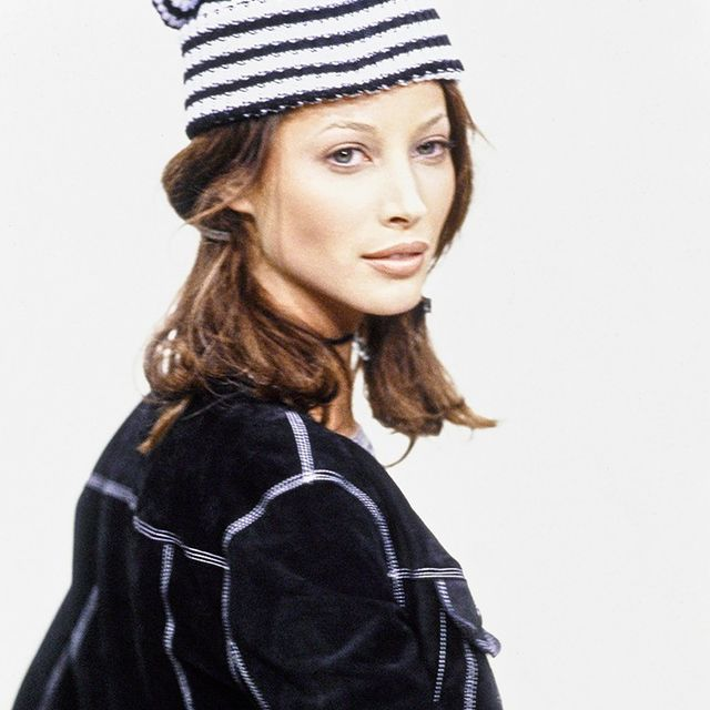 How to Decorate Like a '90s Supermodel