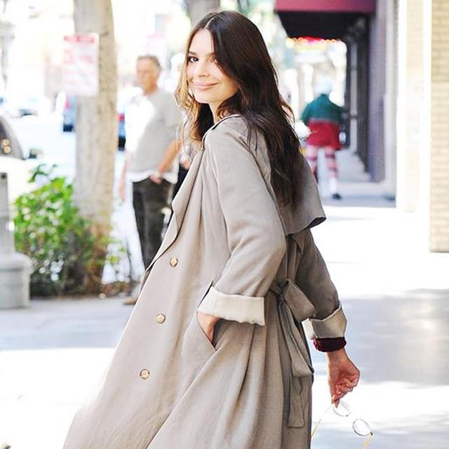 Emily Ratajkowski Even Makes a Trench Coat Look Fashion Forward