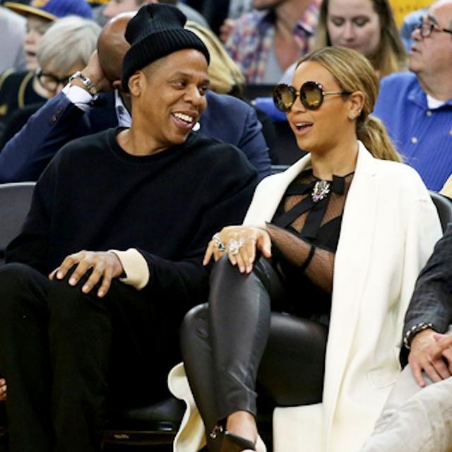 Shop Beyoncé's Perfectly Retro Sunglasses